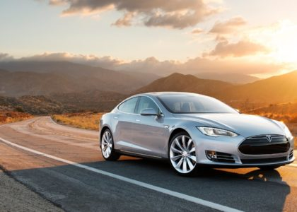 Tesla Owner Stopped Her Car Theft With Her Smartphone